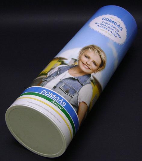 Indústria de tubetes de papel